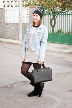 #lookoftheday by @nostoytuestiloblog @señoretta #winterdress #michaelkors #bag #levis #jacket #refresh #boots #primark #cap #fashionista #fashion #dailystyle #style #dress #outfit #look #casuallook