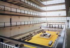 Alexander Gorlin and his team restored the sunken lobby to its original yellow hues.