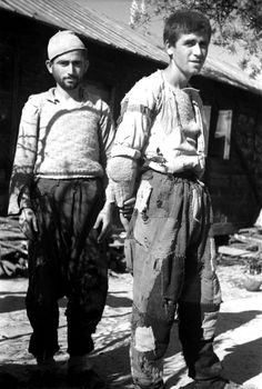 Ethnic Albanian men in ragged clothing are photographed in a refugee camp in Kavajë after fleeing their homes in Epirus, Greece. Cham Albanians are a minority population of ethnic Albanians who lived in the northern coastal area of Greece. Following the Italian occupation of Albania, the Cham Albanians became a prominent propaganda tool for the Italiansand irredentist elements among them became more vocal. As a result, on the eve of the Greco-Italian War in October 1940, Greek authorities…