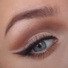 Nice..white shadow over black liner..I'll try that