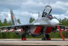 Mikoyan-Gurevich MiG-29 (9-13) aircraft picture