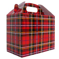 Pack of 10 Gable Boxes made from cardboard, printed with a striking  tartan design. Perfect for gift hampers, storage and shop display all  year round. Each gable box is made with a crash lock base making it quick and  easy fold into shape. Once folded the gable box has a handle hole  measuring 6cm wide by 2cm high. Measurements are 17 x 10 x 14cm high to  top of container space (20cm overall height).These Gable Boxes are from our Tartan Range. Tartan Decor, Tartan Plaid, Hamper Boxes, Gift Hampers, Caravan, Outlander Wedding, Style Anglais, Wicker Hamper, Gable Boxes