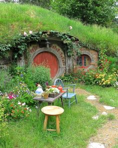 Hobbitville in New Zealand. club house for the kids