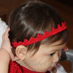 At a very young age, you can make her look like a royalty with this Charming Red Lace Tiara Headband. This is what Charming Red Lace Tiara Headband is. Girls Tiara, Girls Crown, Princess Tiara, Red Lace, Baby Headbands, Girl Birthday, Glamour, Stylish, Christmas Headbands