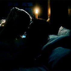 Game of Thrones. Cute Couples Kissing, Cute Couples Goals, Couples In Love, Freaky Relationship, Relationship Goals Pictures, Cute Relationships, Romantic Kiss Gif, Kiss And Romance, Milan Kundera