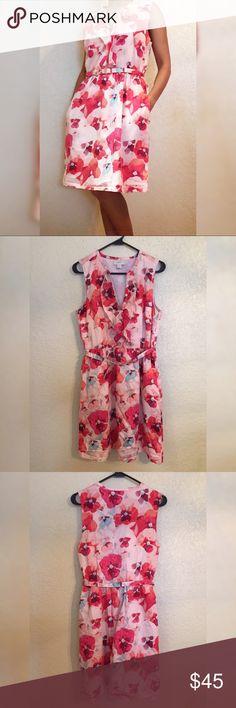"Loft Spring Dress w/ Belt & Pockets In good condition! Length of dress is 37.5"". Bust is 37"". Waist is 30"". Ann Taylor Loft  Dresses"