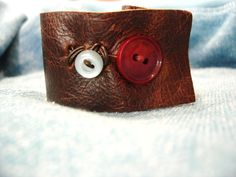 Handmade leather bracelet with 2 buttons by earthstonesea on Etsy, $20.00