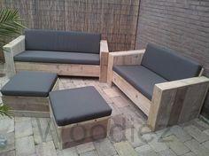 Woodiez bergeijk voor al uw perfect afgewerkte steigerhouten loungemeubelen en ook voor uw steigerplanken tuinmeubelen