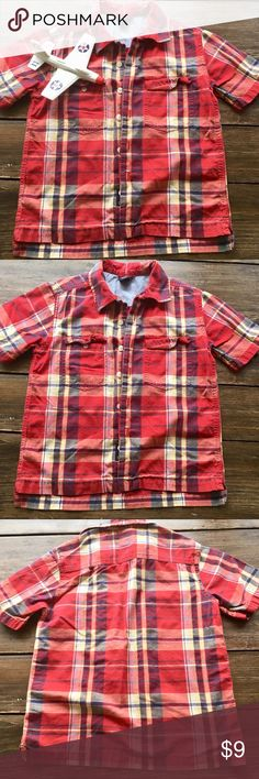 2 for $15 Gap Shirt 6-7 Gap short sleeve shirt  It runs big My boys wore this up to age 7-8 Very good condition There is a small tear right by one button hole but it is not showing at all I included a photo  Bundle to save GAP Shirts & Tops Button Down Shirts