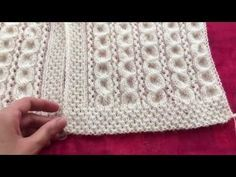 Preparation of the vest sample … Knitting Stiches, Knitting Videos, Baby Knitting Patterns, Loom Knitting, Crochet Patterns, Knit Crochet, Crochet Baby, Baby Scarf, Arm Warmers