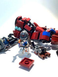 Lego Titanfall 2. Monarch titan. Lego Robot, Lego Mecha, Lego Titanfall, Lego Creations, Science Experiments, Legos, Nerf, Toys, Good Ideas