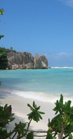 Seychelles- I definitely had to look this one up! The Seychelles are off the east coast of Africa and northeast of Madagascar. Dream Vacations, Vacation Spots, Italy Vacation, Les Seychelles, Seychelles Beach, Seychelles Honeymoon, Seychelles Africa, Seychelles Islands, Seychelles Holidays