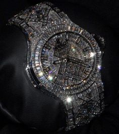 The most expensive one, 5 millions 💵 hublot montre luxe money millionaire billionaire accessoires accessories watch diamondwatch diamondbracelet jewellery jewelry luxuryfashion diamonds bijoux diamants richlifestyle lifestyle richlifestyle Expensive Watches, Expensive Jewelry, Hand Watch, Luxury Watches For Men, Beautiful Watches, Luxury Jewelry, Fashion Watches, Bracelet Watch, Ideias Fashion