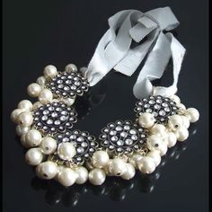 Great Pearl necklace with Bling!