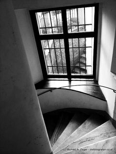 Rundherum Vienna, Insight, Stairs, Home Decor, Driveway Entrance, Ladders, Homemade Home Decor, Ladder, Staircases