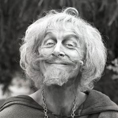 Geoffrey Bayldon star of Catweazle - Prominente My Childhood Memories, Sweet Memories, Mister Ed, Tv Movie, Marilyn Monroe Photos, Classic Tv, Entertainment, In This World, Movies