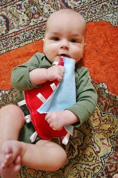 DIY Tutorial: DIY Handmade Baby Toys / DIY Crinkle Lovie Blanket - Bead&Cord