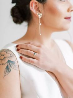 The Bride Shows Off Her Red Painted Nails, Shoulder Tattoo and Simple Jewelry Green Engagement Rings, Coffee Bean Bags, Surprises For Husband, Red Photography, Shoulder Tattoo, Wedding Coordinator, Simple Jewelry, Our Wedding Day, Beautiful Moments