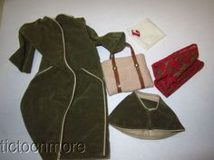 VINTAGE TRESSY DOLL CLOTHES SET #30903 ON FIFTH AVENUE COAT PURSE HAT