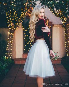 69940c46f13 Simple White Tulle Skirts Women Knee Length Skirt Classic Style Skirt For  Every simple Three Tulle Layers and One Lining