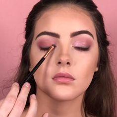 Visit the webpage to read more about eye makeup & beauty Cute Makeup, Glam Makeup, Gorgeous Makeup, Simple Makeup, Skin Makeup, Natural Makeup, Bridal Makeup, Beauty Makeup, Makeup Looks