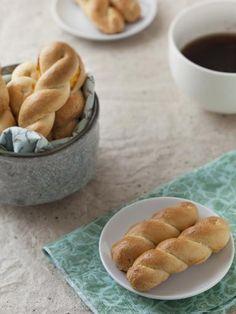 Koulourakia (biscuits grecs) : Recette de Koulourakia (biscuits grecs) - Marmiton