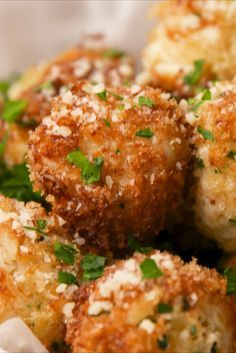 37 New Year's Eve Recipes To Balance Out All The Champagne Crab Cake Poppers vertical di frutti di mare Crab Cake Recipes, Seafood Recipes, Appetizer Recipes, Cooking Recipes, Appetizer Ideas, Crab Appetizer, Freezable Appetizers, Avacado Appetizers, Prociutto Appetizers