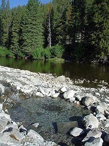 Idaho Hot Springs: Bear Valley Hot Springs - Boise National Forest