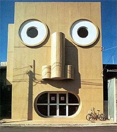 Unusual Architecture Around the World Stunning Pics) - Part Kazumasa Yamashita - Face House. Unusual Buildings, Interesting Buildings, Crazy Houses, Weird Houses, Things With Faces, Architecture Cool, Vernacular Architecture, Unusual Homes, Unusual Things