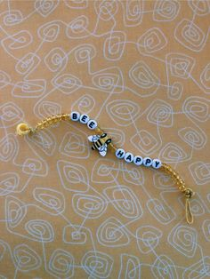 ˗ˏˋ brooke ˊˎ˗The Effective Pictures We Offer You About beaded bracelets diy words A quality picture can tell Pony Bead Bracelets, Kandi Bracelets, Summer Bracelets, Pony Beads, Beaded Friendship Bracelets, Diy Bracelets For Friends, Ankle Bracelets, Braclets Diy, Beaded Bracelets Tutorial