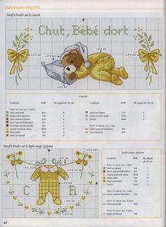 orsetto che dorme con pigiamino punto croce