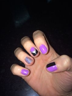 Purple Aztec glitter nail done by muahh!