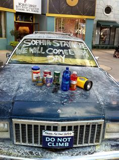 I ♥ THIS PROP CAR USED IN 2 X 1 / FROM THE HIGHWAY (WHERE SOPHIA RAN FROM) WITH SUPPLIES & WRITTEN SIGN IN CASE SHE RETURNS