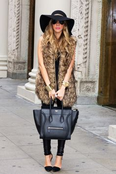 OVERSIZED FAUX FUR VEST AND LEATHER LEGGINGS WITH PUMPS