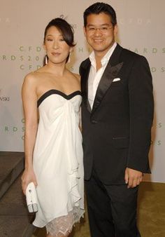 Peter with Sandra Oh wearing Peter Som