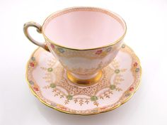 Floral & Gold Trim Pink Tuscan Fine English Bone China Tea Cup & Saucer
