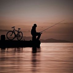 Ride and Fishing Sun And Clouds, Gone Fishing, Stars And Moon, Art Sketches, Cool Pictures, Adventure, Sunset, Dark, Wallpaper