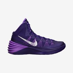 Nike Hyperdunk 2013 (Team) Women's Basketball Shoe they need mmore in im foreal them shoes is on point