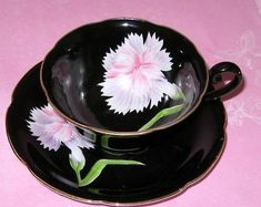 OCCUPIED-JAPAN-BLACK-TEACUP-CARNATION-FLORAL-HAND-PAINTED-TEA-CUP-AND-SAUCER