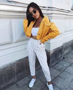 45 simple spring outfits style ideas with jeans 55 Fashion Mode, Look Fashion, Womens Fashion, Fashion Images, Fashion Fall, Fashion Photo, Trendy Fashion, Fashion Trends, Mode Outfits