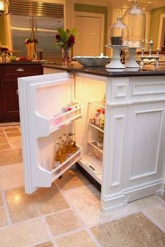 kitchen remodel ideas Build a second mini-fridge in your kitchen island for BEER. Build a second mini-fridge in your kitchen island for BEER. New Kitchen, Kitchen Decor, Kitchen Ideas, Mini Kitchen, Kitchen Designs, Smart Kitchen, Kitchen Layout, Basement Kitchen, 1960s Kitchen
