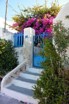 Greek Island Holiday: A Guide to Fira, Santorini — Bon Traveler