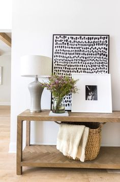 Whether youre a large art newbie or a seasoned veteran our goto guide will make incorporating largescale art in your home a breeze. Round Marble Table, Design Museum, Interior Design Games, Interior Styling, Diy Home Decor For Apartments, Large Scale Art, Large Artwork, Framed Artwork, Boho Decor