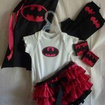 Batgirl_costume_medium