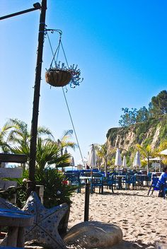 Beach Cafe - Malibu California via flickr