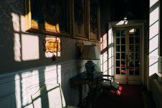 La vie de château #breteuil #chateaudebreteuil #architecture #france #leicaq #madeinwetzlar #28mm #shadows #composition #castle