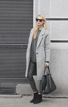 PAVLINA JAGROVA : patterned pants