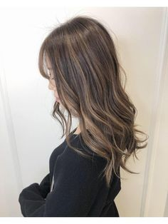 【Euphoria 銀座三丁目】外国人風ハイライト♪ 星川 Long Hair Styles, Beauty, Long Hairstyle, Long Haircuts, Long Hair Cuts, Beauty Illustration, Long Hairstyles, Long Hair Dos