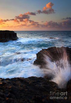 ✯ Lumahai Sea Explosion - Hawaii