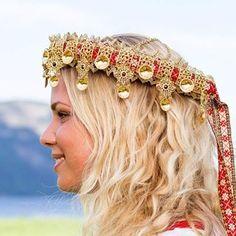 Bilderesultat for jærens kofter Crown, Norway, Jewelry, Search, Fashion, Corona, Jewlery, Moda, Jewels